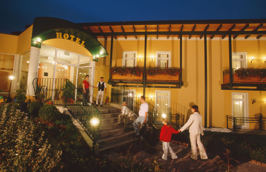 gasthof hotel zum weinberg gruppenreise portal. Black Bedroom Furniture Sets. Home Design Ideas